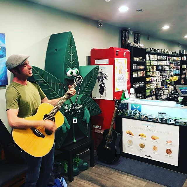 Yo Shawn is here playing some tunes for the next hour at Longview @freedom_markets #Happy710 #LegalizeIt #Legalize #Dank #Cannabis #Joints #420 #SWED #21+ #MMJ #Legit