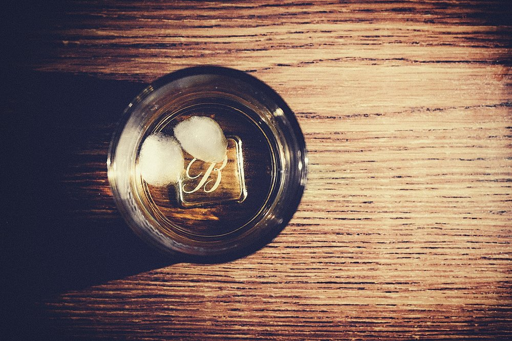 whisky-923262_1920.jpg