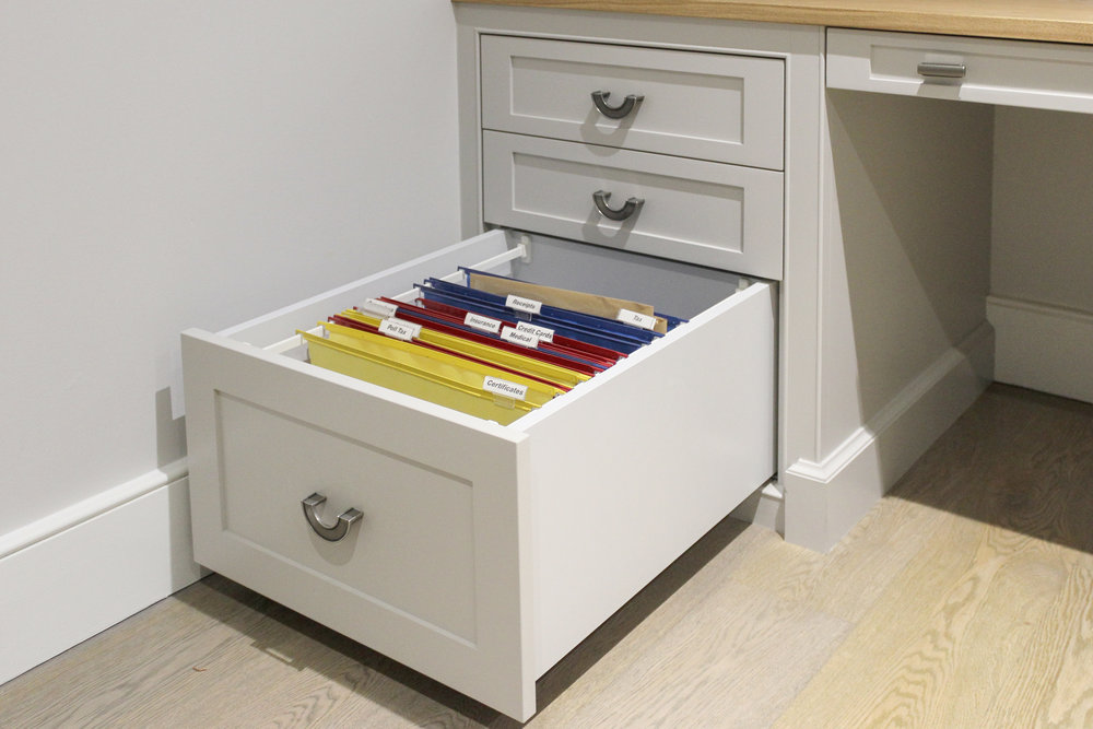 Suspended file drawer