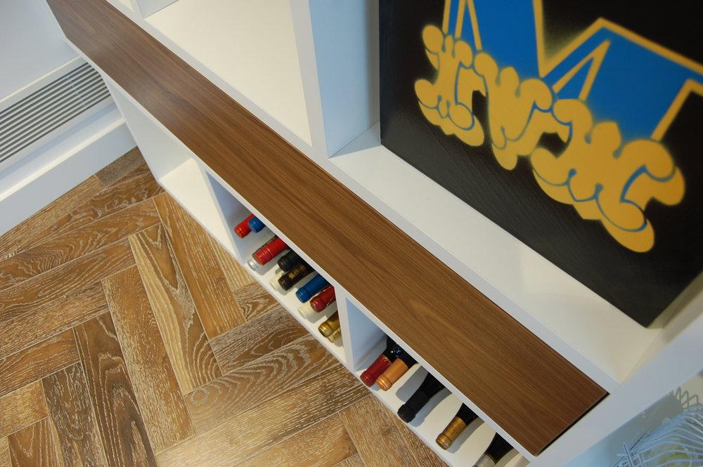Wood Walnut veneer - Clear Lacquered