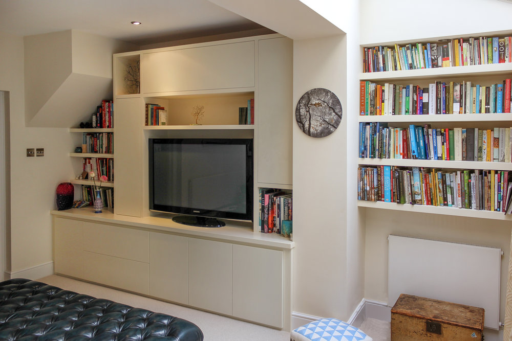 Contemporary Lounge unit with TV