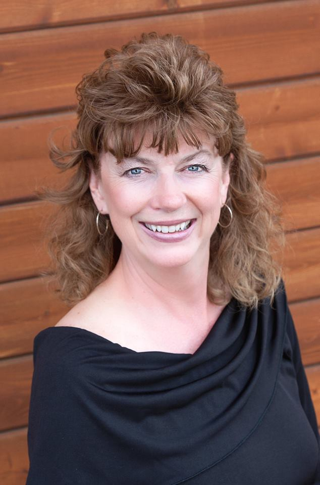 """Bobbie Hickey - Board Member -Bobbie was born and raised here in Lake County, Oregon. At her day Job Bobbie is the General Manager for Cornerstone Industrial Minerals. Bobbie joined the board of the Lake County Chamber of Commerce in the Spring of 2018. Bobbie's is a """"Rock Hound"""", she collects heart shaped rocks. In her spare time, she enjoys the outdoors, traveling, exploring new places, and recently started snowshoeing. Bobbie has a lot of titles, but her favorite is """"Grandma""""."""