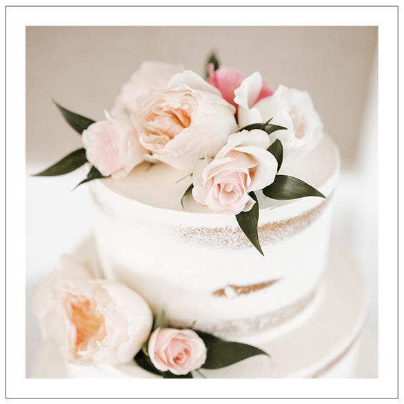 i-dream-of-jeanne-cakes-weddings-gallery-elegant.jpg
