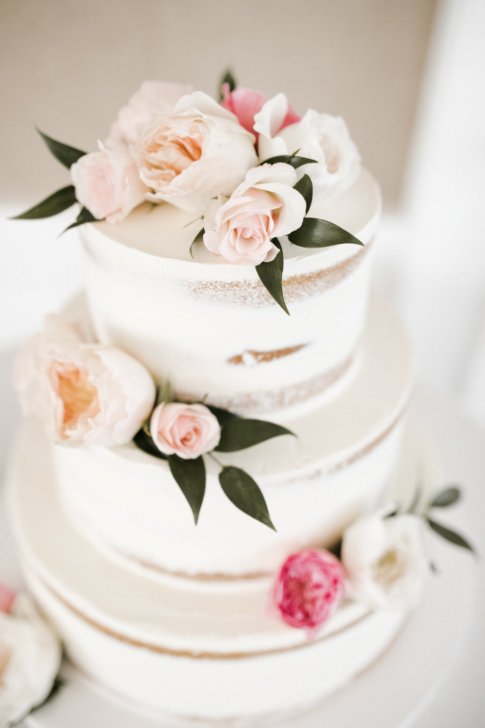 i-dream-jeanne-cakes-wedding-elegant-stop-go-love-photography-a2.jpg