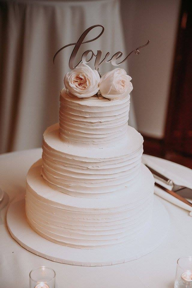 i-dream-jeanne-cakes-elegant-ritzenthaler-b.jpg