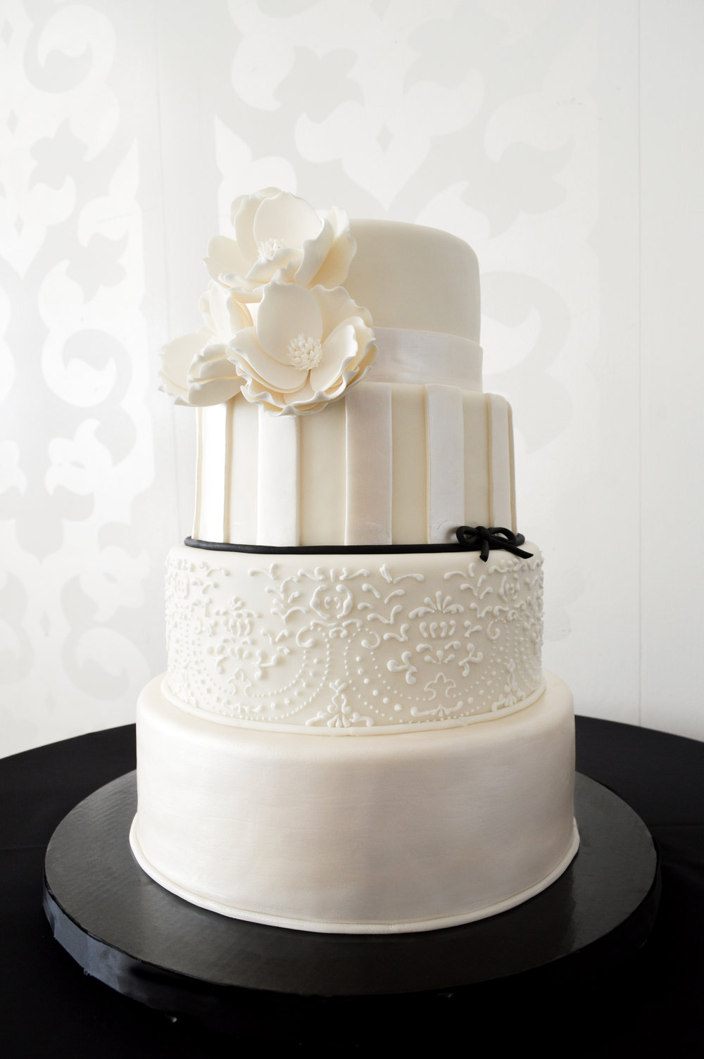 i-dream-jeanne-cakes-wedding-extraordinary-four-tier-round.jpg