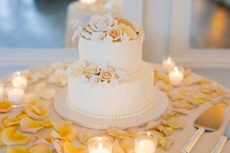 i-dream-jeanne-cakes-wedding-belle-mer-2tier.jpg