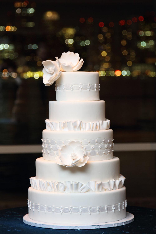 i-dream-jeanne-cakes-wedding-extravagant-01.jpg