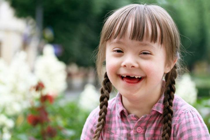 Trisomie-des-enfants-atteints-du-Syndrome-de-Down-rassurent-une-future-maman.jpg