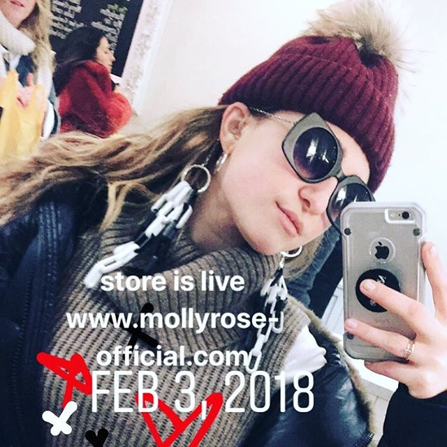 MOLLY ROSE e-shop now live! Head to the link in bio to see how we're revolutionizing eyewear as you know it 😜🕶 #iwearmollyrose #mollyrose #shades #sunglasses #accessories #nyc