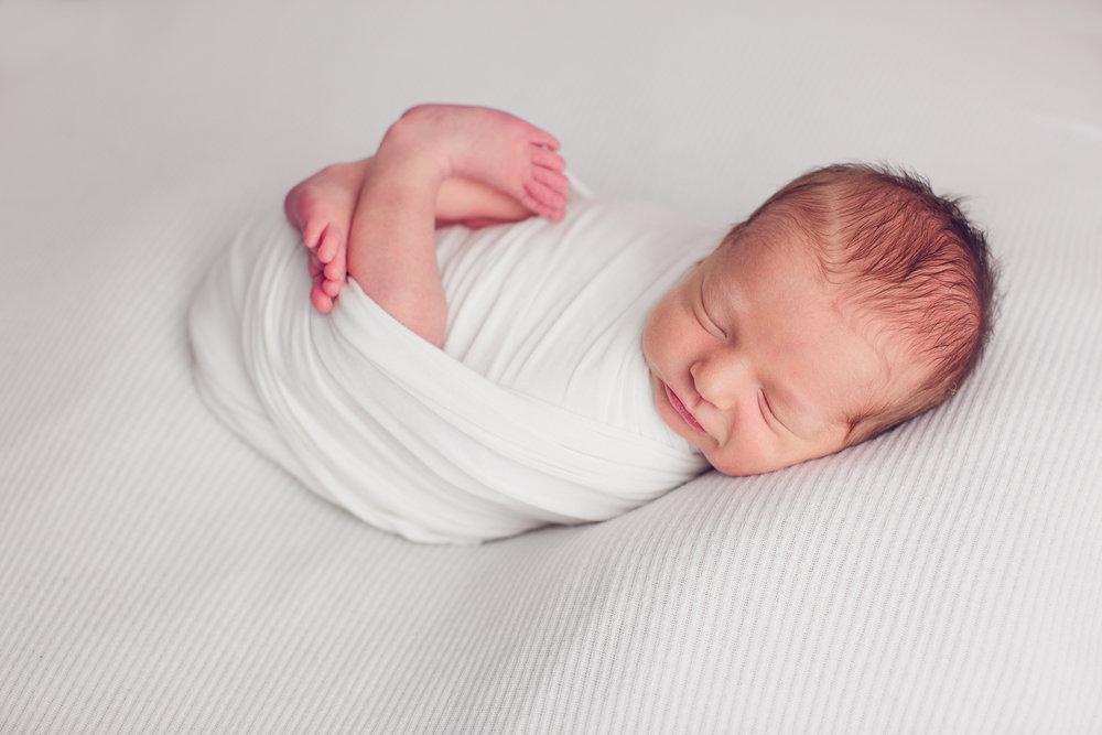 max-newborns-lafayette-indiana-photographer-newborn-photographer-44.jpg