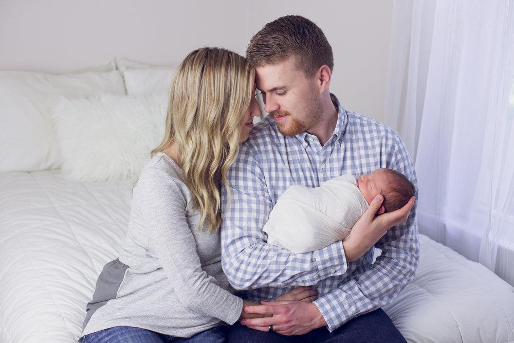 max-newborns-lafayette-indiana-photographer-newborn-photographer-36.jpg