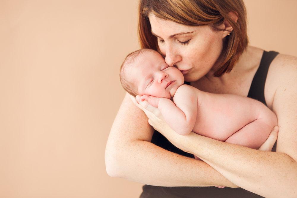 hannah-newborns-11.jpg