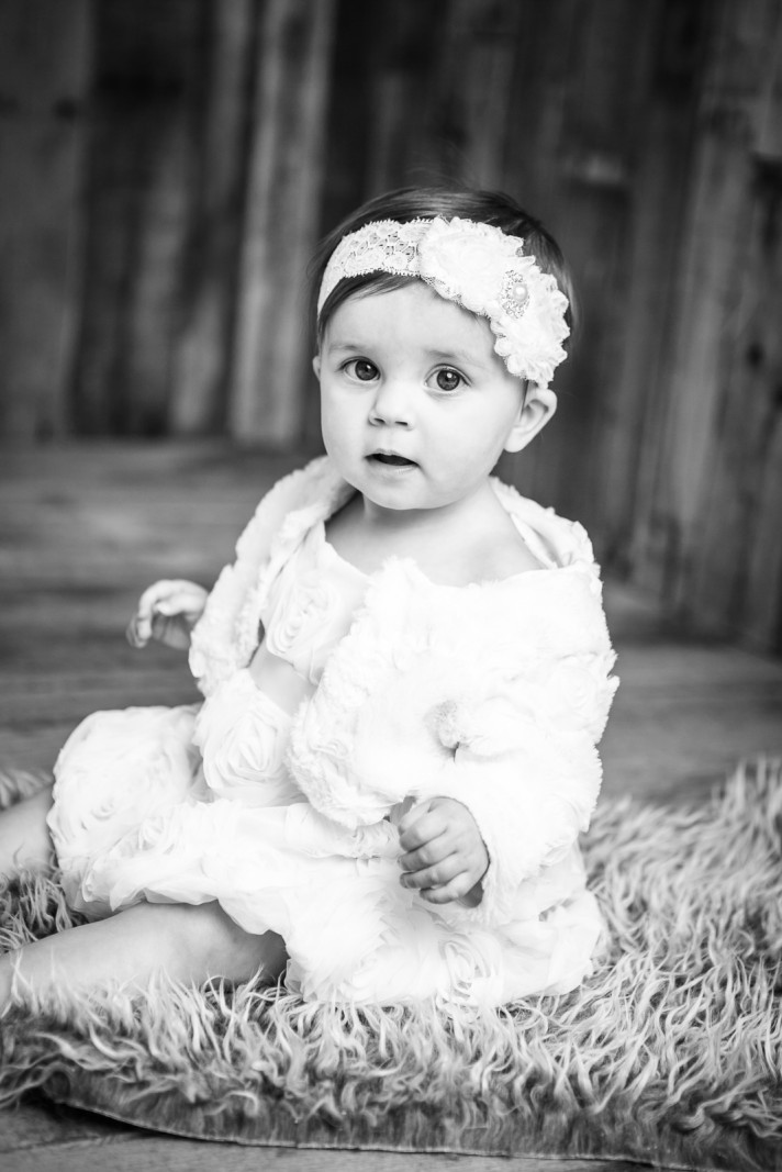 cake-smash-one-year-old-photographer-lafayette-indiana-9.jpg