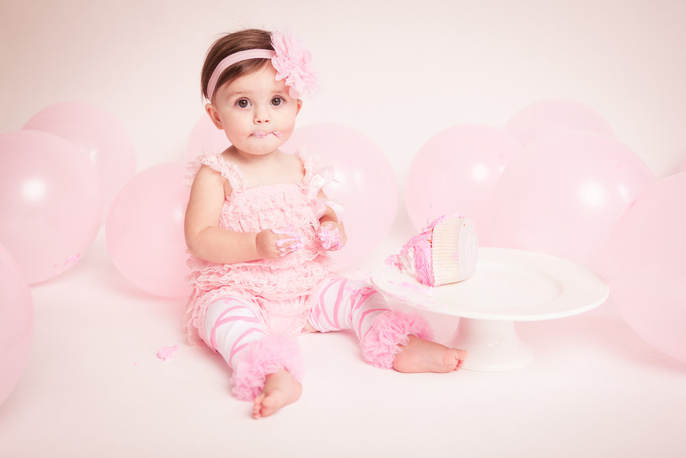 cake-smash-one-year-old-photographer-lafayette-indiana-21.jpg