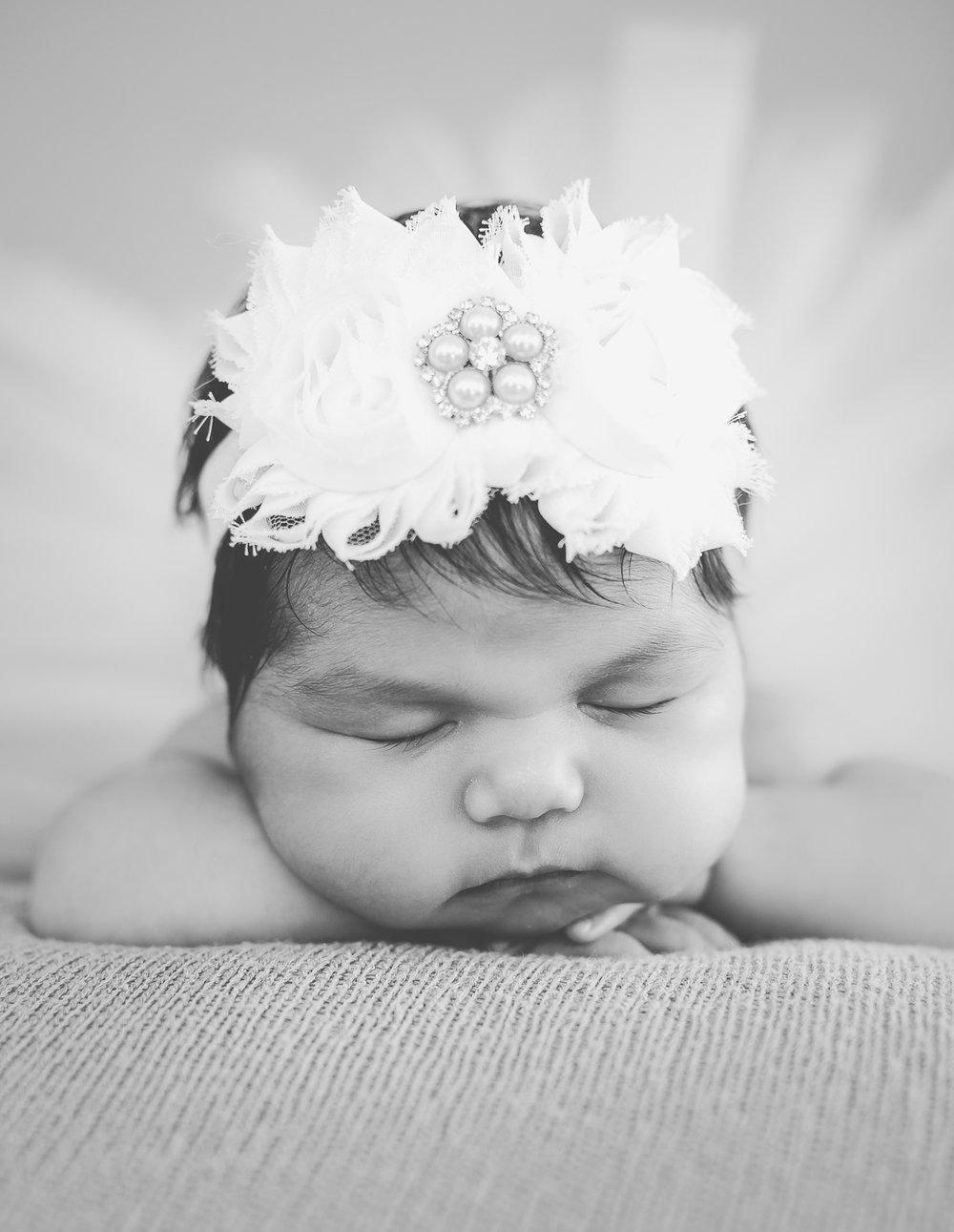 senna-newborn-photographer-lafayette-indiana-20.jpg