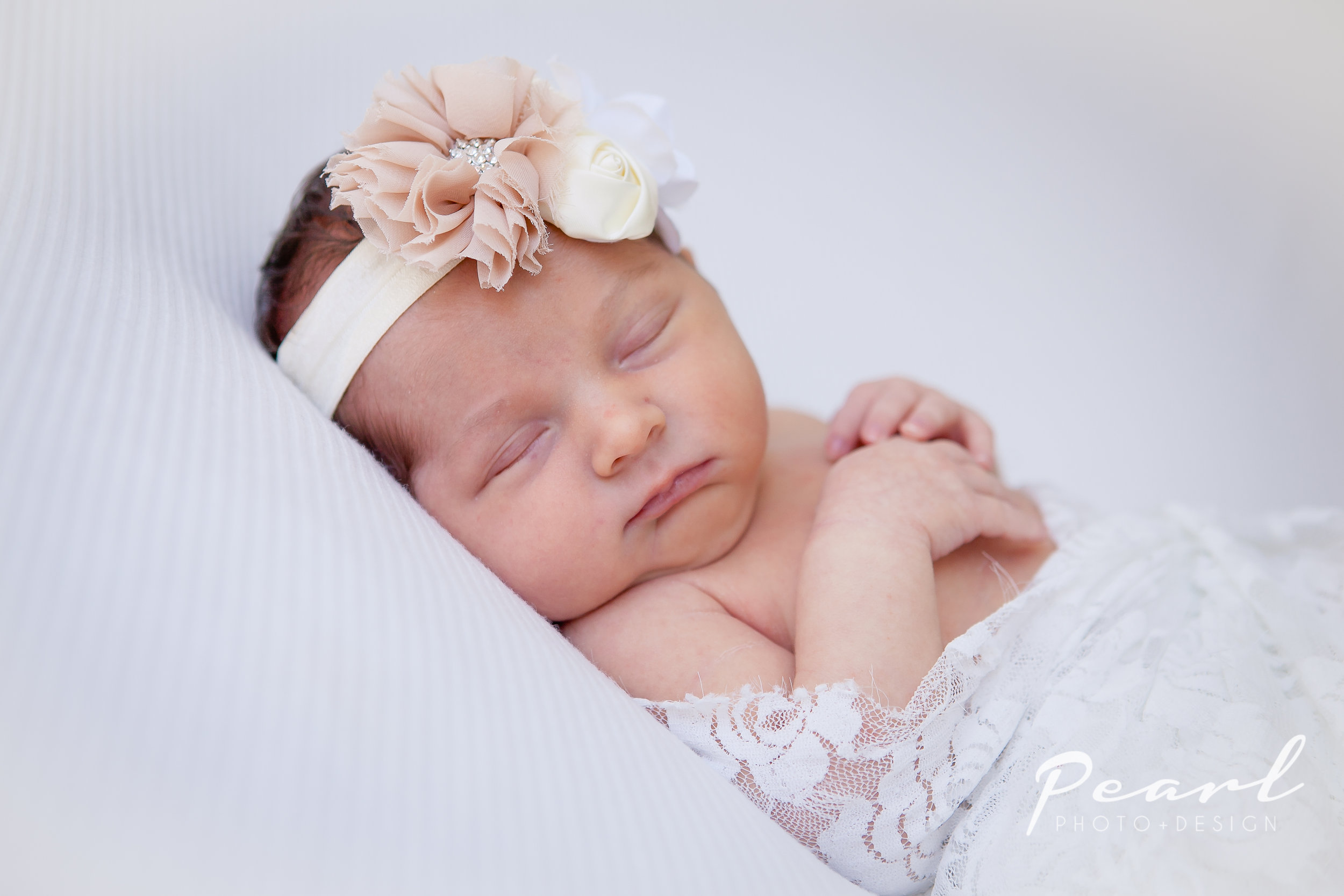 Pearl Newborn Photographer5