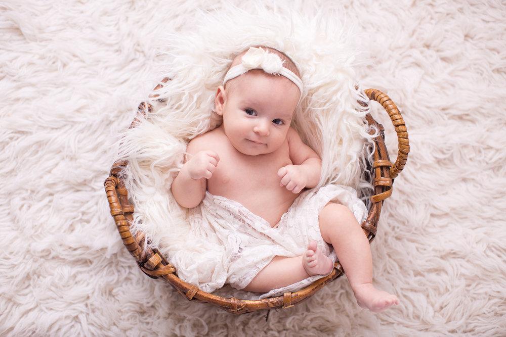 Newborn and Baby Photographer Lafayette Indiana