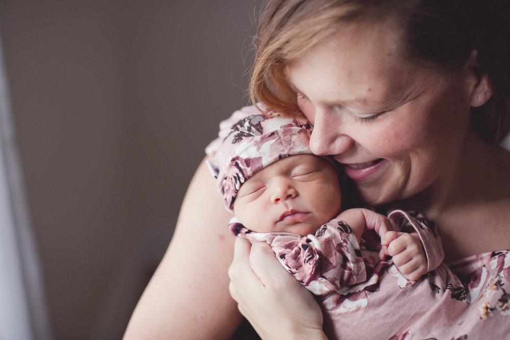 Izetta Newborn Photographer Lafayette Indiana-15.jpg
