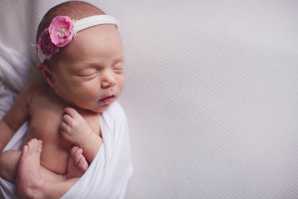 Izetta Newborn Photographer Lafayette Indiana-26.jpg