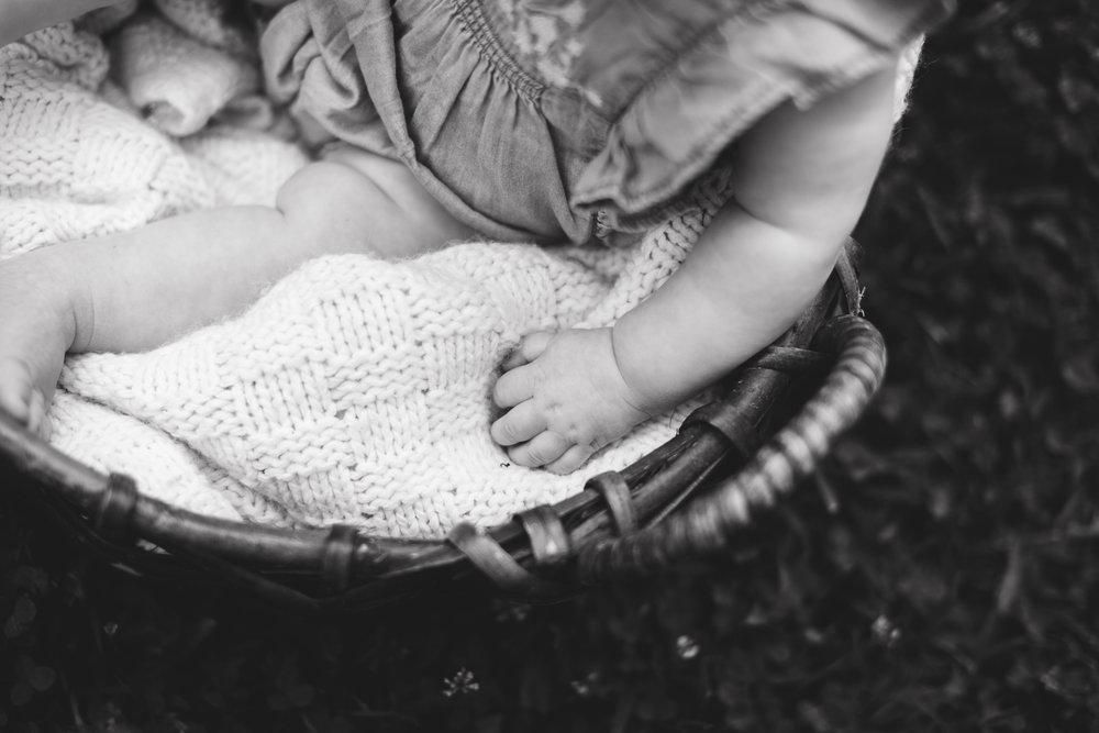 Hattie 6 month photographer lafayette indiana milestone photographer-22.jpg