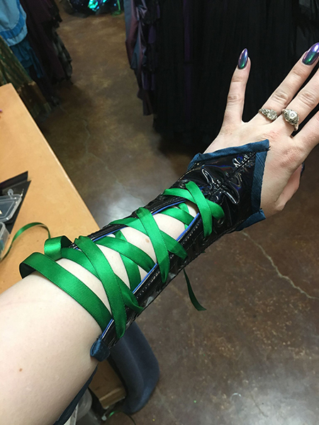 I took no pictures of my process of failure, so please enjoy this finished bracer!