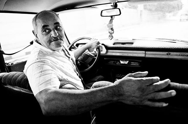 3/7 This week will be a bit different here on my instagram. . I have challenged my self to post only people pictures - so I am a bit out of my comfort zone! . Please be gentle - and please play along #peopleweek . This nice man was kind enough to show me around in Luxor, Egypt in his old car. What a place and what a cool man. . #portraitphotography #portrait #beautifulpeople #travel #egypt #luxor #portraitmood #travelling #travelportrait