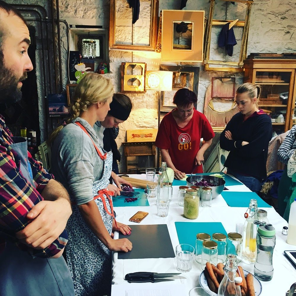 Will Bain leads a session in simple fermented veg prep.