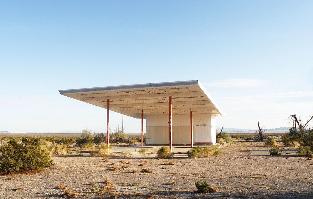 desert old garage copy.jpg