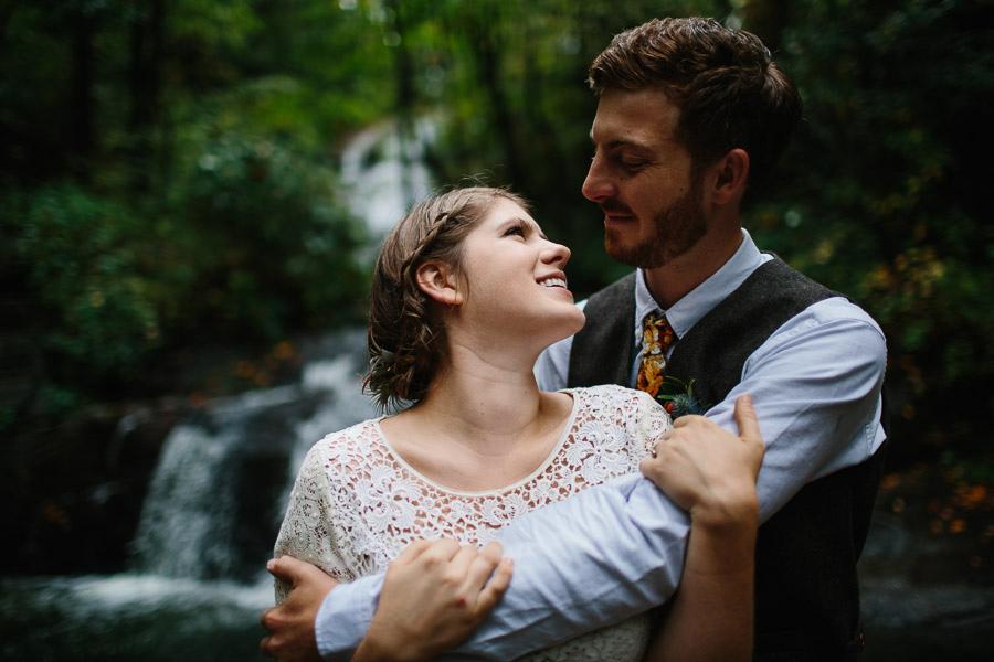 035-asheville-north-carolina-camp-wedding-destination-wedding-photographers-the-livelys-3.jpg