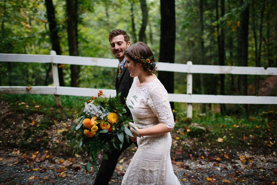 065-asheville-north-carolina-camp-wedding-destination-wedding-photographers-the-livelys-3.jpg