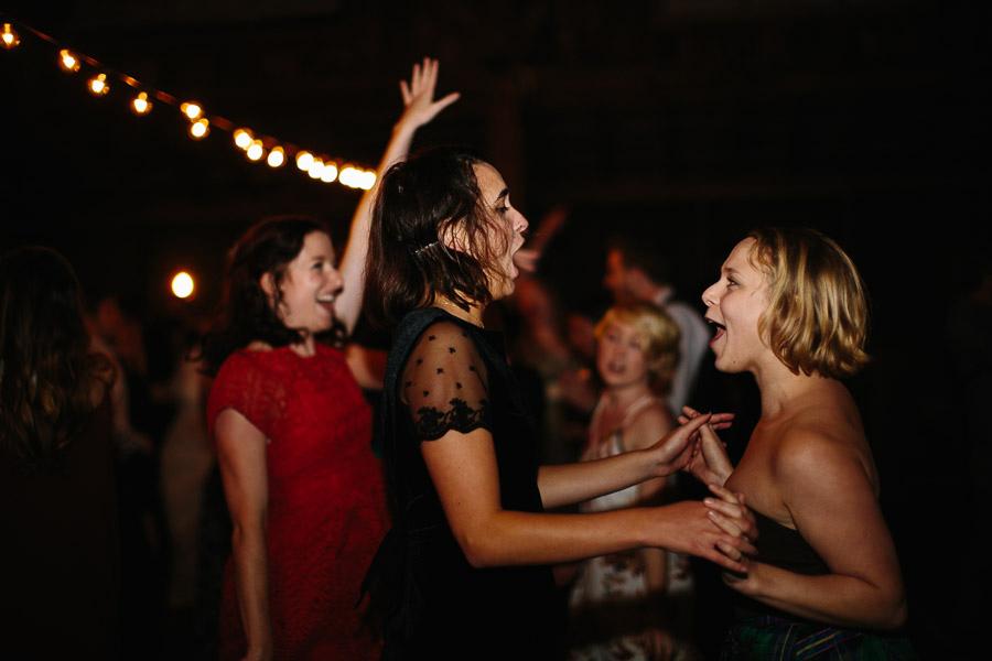 085-asheville-north-carolina-camp-wedding-destination-wedding-photographers-the-livelys-3.jpg