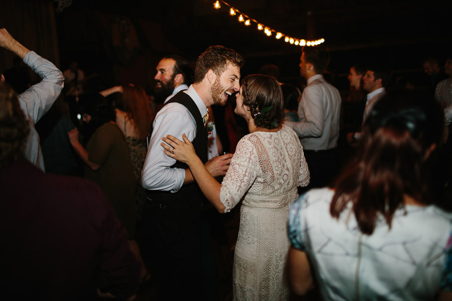 087-asheville-north-carolina-camp-wedding-destination-wedding-photographers-the-livelys-3.jpg