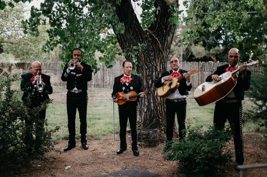 552-albuquerque-wedding-photographer-los-poblanos.jpg