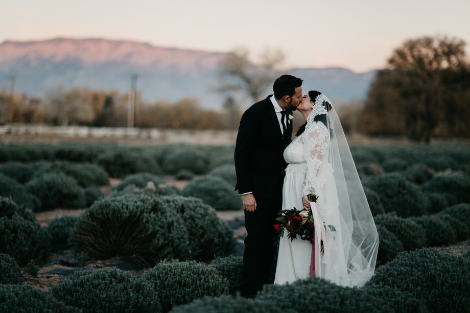659-albuquerque-wedding-photographer-los-poblanos.jpg
