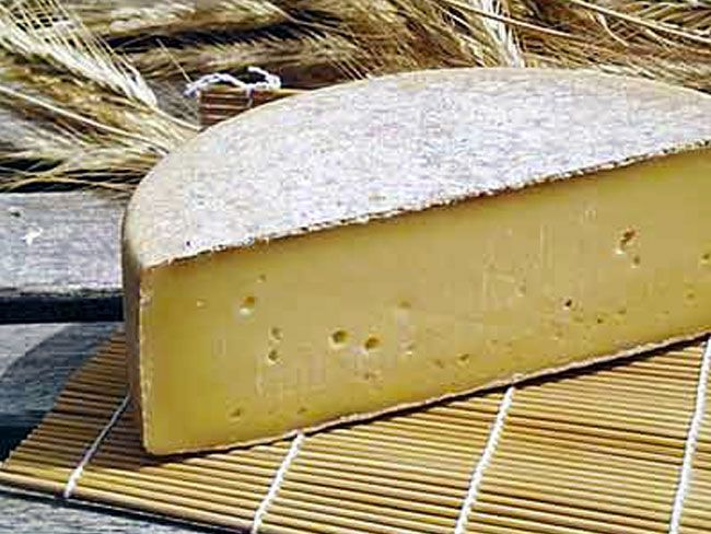 gruyere cheese.jpg