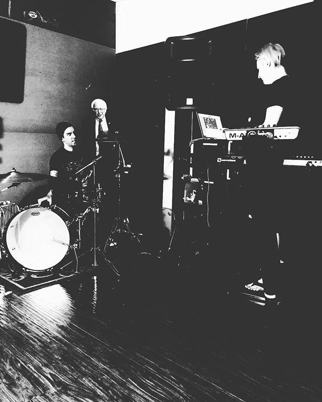 • Drum tracking • • • #creuxlies #sacramento #sacmusic #sacmusicscene #postpunk #darkwave #synthwave #shoegaze #newromantic #deathpop #roland #alesis #berniesanders #noisey #pitchfork #cvltnation #cleopatrarecords