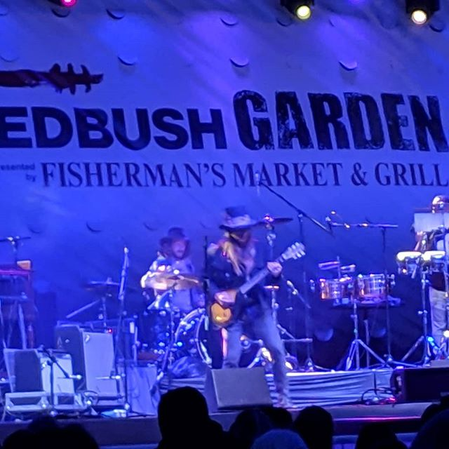 That's right. It's @lukasnelsonofficial @and @promiseoftherealofficial closing out night one of the Wedbush Garden Jam Music Festival! . . . #lukasnelsonandpromiseofthereal #lukasnelson #luciesilvas #buddyguy #jimmievaughan #loslobos #brianculbertson #tobylee #musicfestival #musicmonth #coachella #rocknroll #country #bluesfestival #indianwells #gardenjam #gardenjammusicfestival #indianwellstennisgarden #indianwells #smoothjazz #neilyoung #willienelson #luckreunion