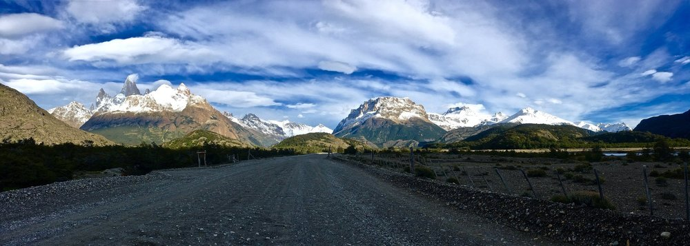 Road to the less-populated trailhead of the Fitz Roy Trek, starting from Hostería El Pilar.