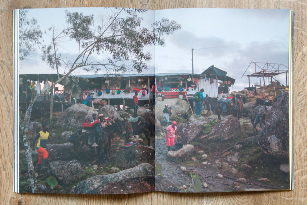 Fotolibro colombiano - El resto es selva- Sebastian Villegas-2.jpg