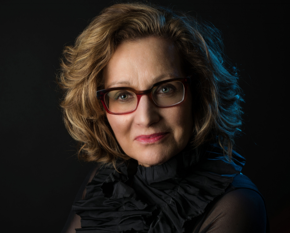 Linda Chesis,   flute