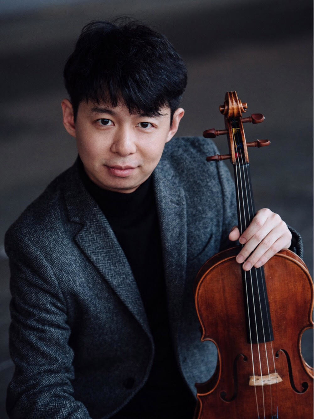Cong Wu,  viola