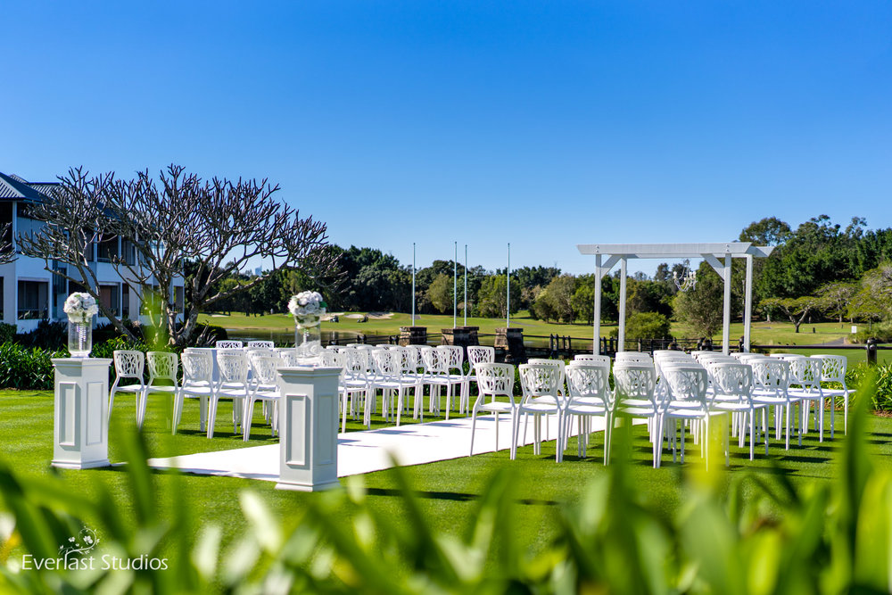 Glades Golf Club wedding ceremony styling