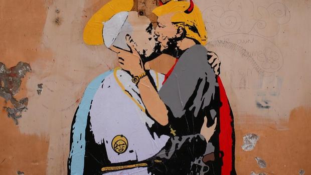 trump pope.jpg