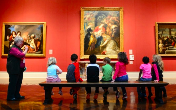 Docent MIA children on bench.png