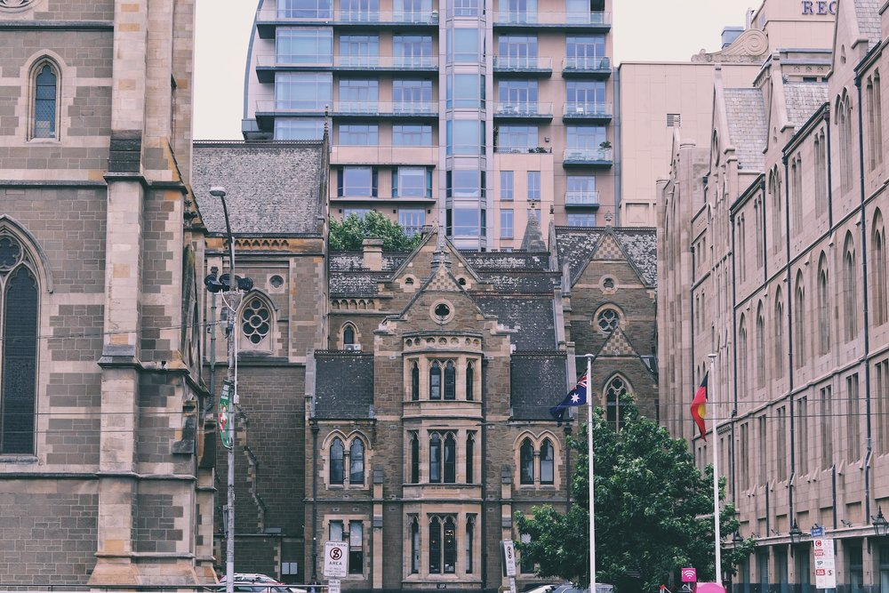 melbourne a budget holiday guide mini c