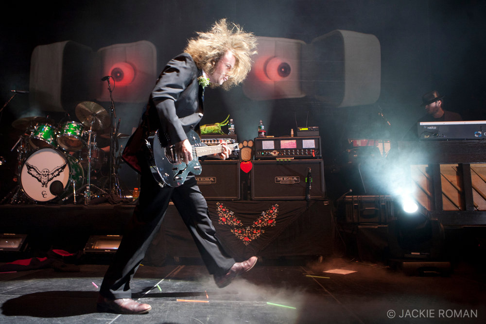 My Morning Jacket performing at  Madison Square Garden, New York, December 31st, 2008.