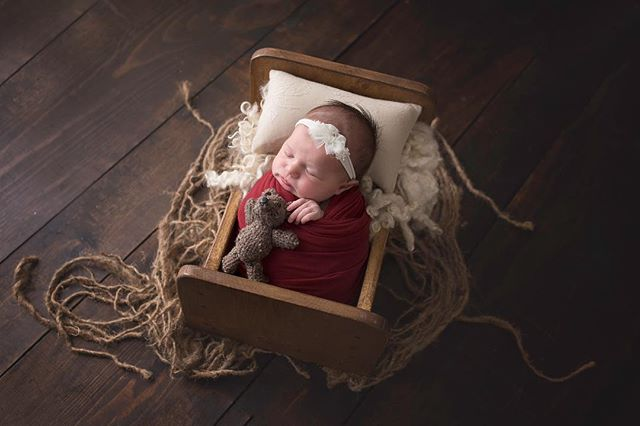 ❤️❤️❤️ #denvernewbornphotographer #coloradospringsphotographer #newbornphotography #coloradospringsnewbornphotographer #coloradospringsfamilyphotographer #a#coloradospringsphotographers #newbornphotography #nestledlovephotography #shaymiddletonphotography