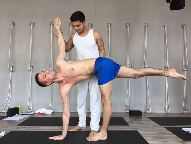 100hr-yoga-teacher-training-thailand.png