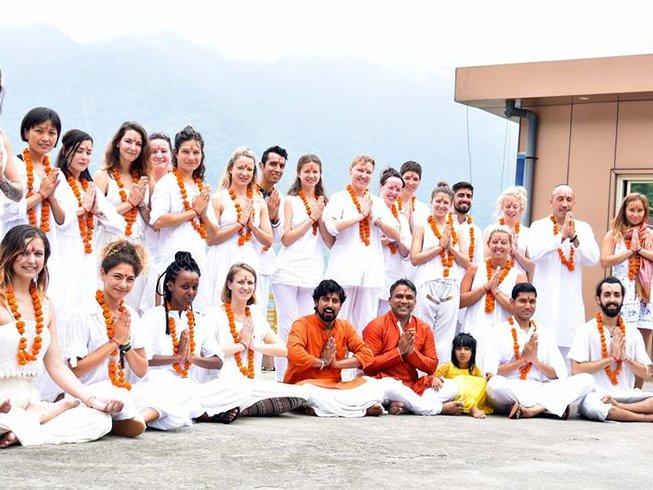 200hr-yoga-teacher-training-rishikesh-india.png